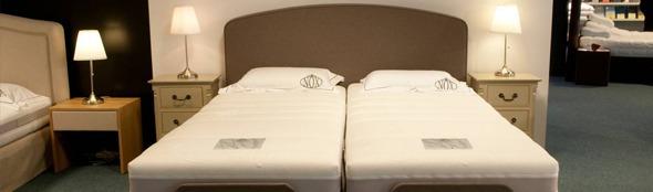 Kiezen voor een enkele of dubbele matras? Comfort versus romantiek.